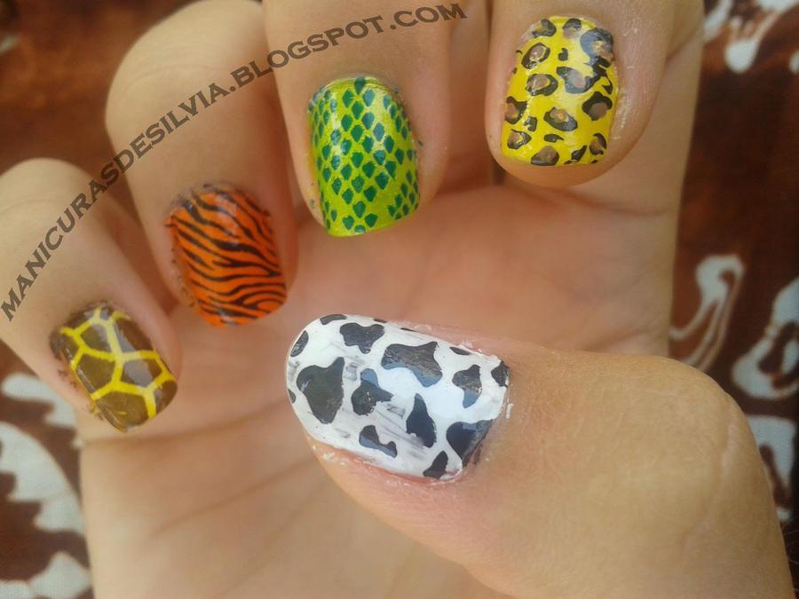 Zoo in my nails by kotobayaoi