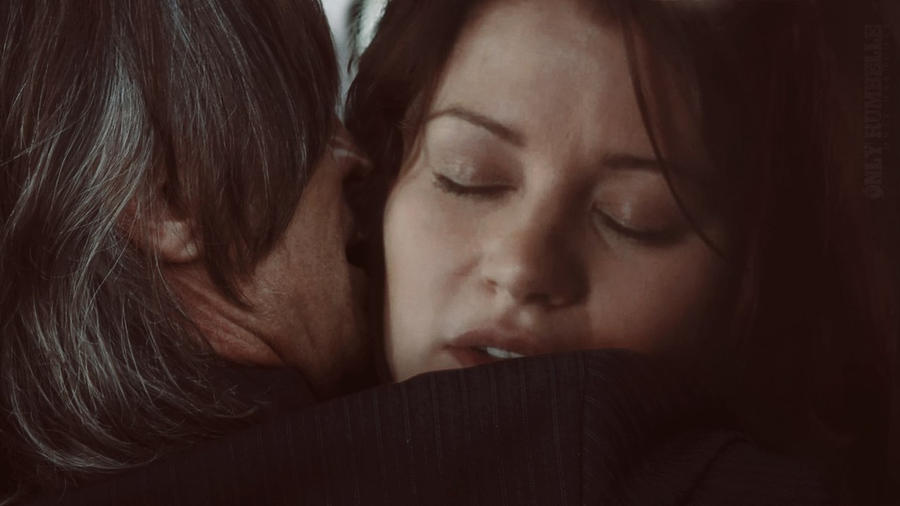 Le Rumbelle - Page 3 Rumbelle___goodnight_kiss_by_rumbellefairytale-d76fih9