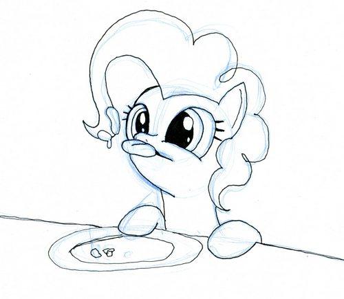 Pinkie ate cake by EwoudCPonies