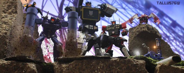 Soundwave and his minions