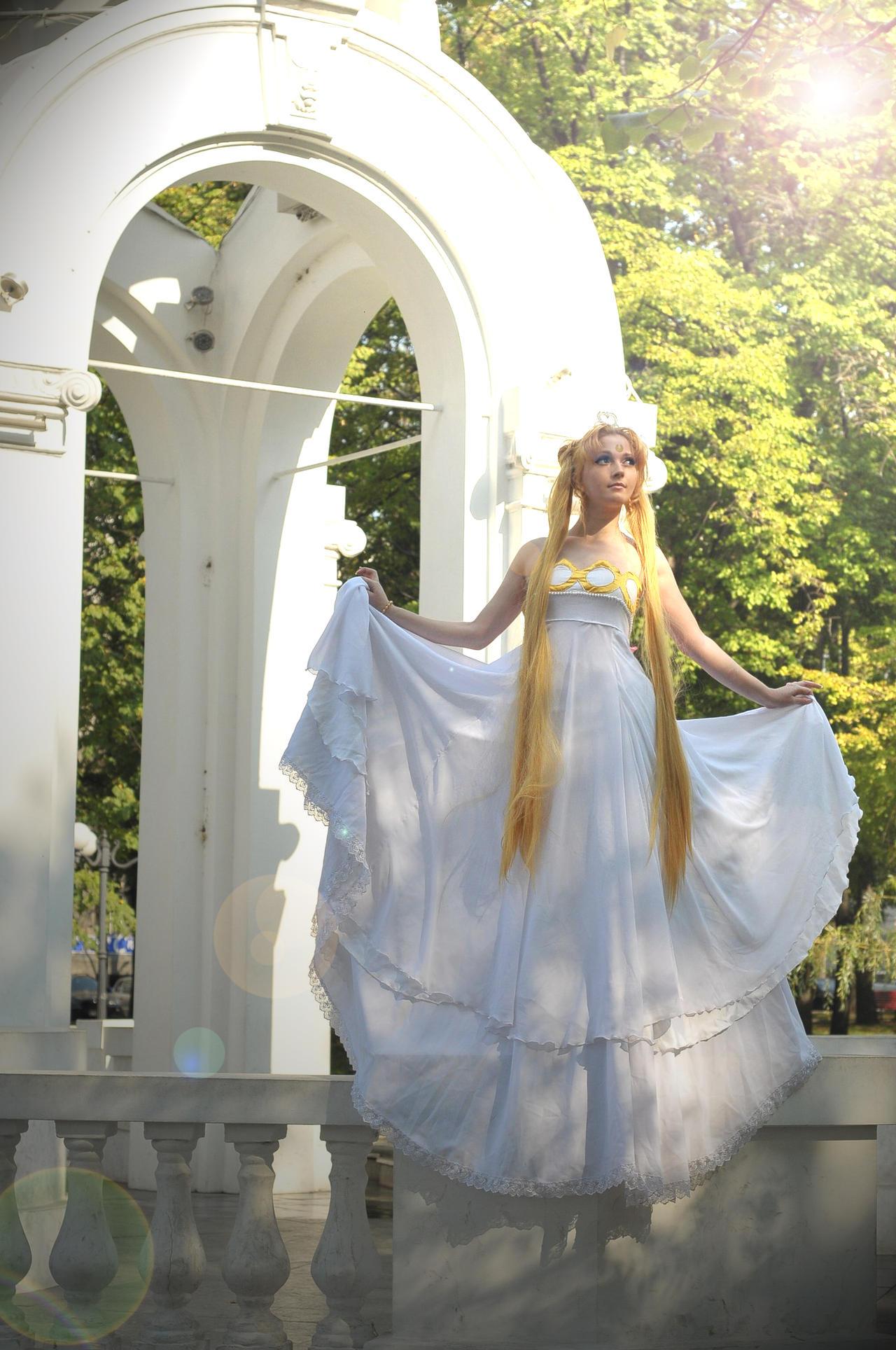 Princess Serenity by MilenaHime