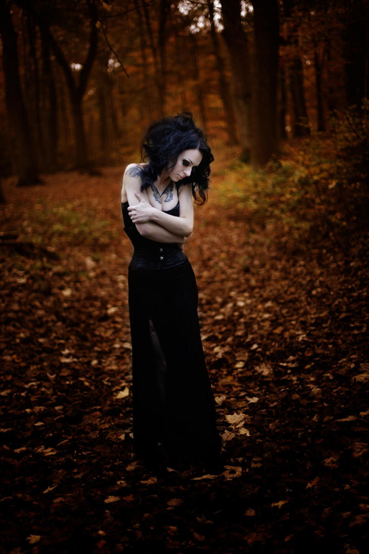 She closed her eyes by AshtrayheartRomina