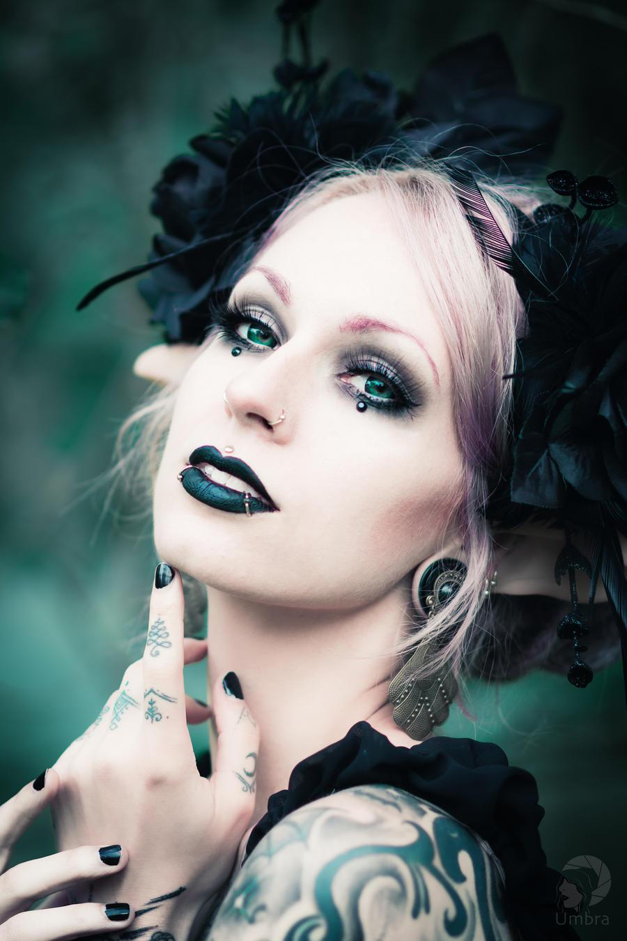 Dark fantasy by AshtrayheartRomina