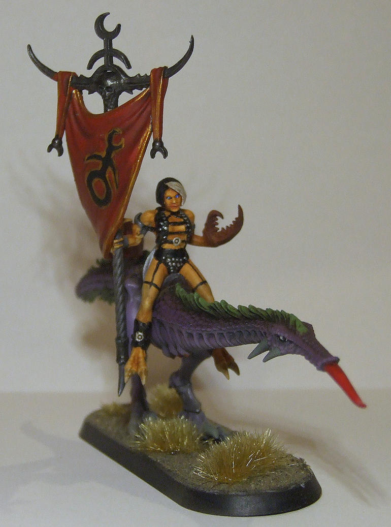 Converted Seeker of Slaanesh with standard by half-halfling