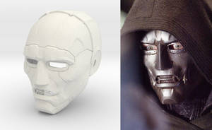 Dr Doom Fantastic Four 2005 movie helmet