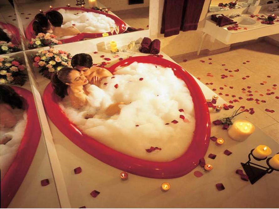 Romantic bathroom ideas by princerafflesia on deviantart for Romantic bathroom designs for couples