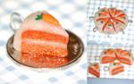 Mini Carrot Cake Charm