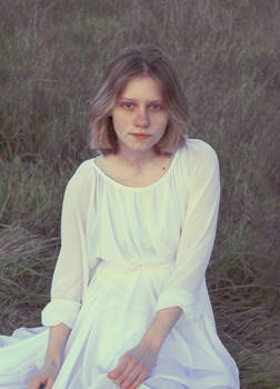 Portrait of Margo - mltglv color study II
