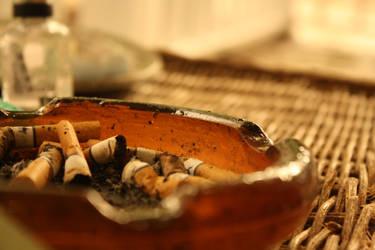 Smoking Kills by Emillemily