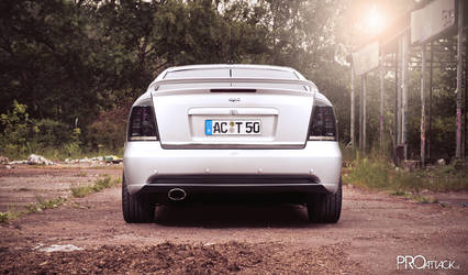 Opel Astra Coupe by PaMa05