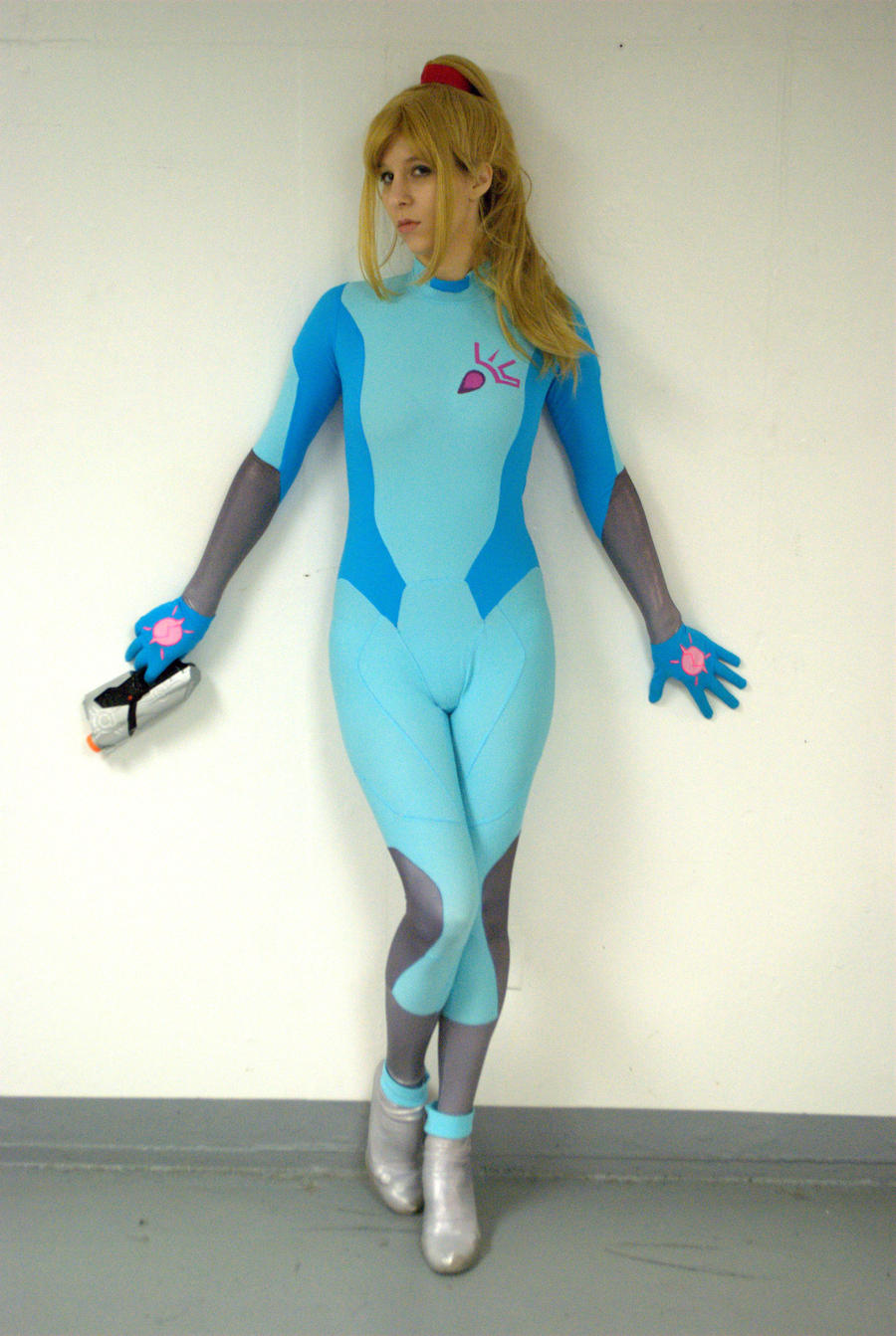 Samus Aran - Bounty Hunter by Sheikahchica