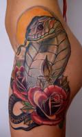 snake roses leg