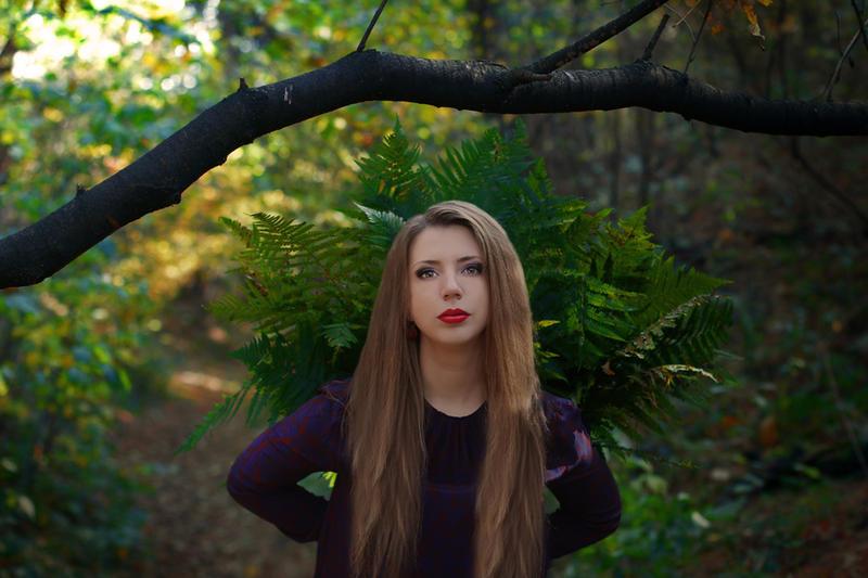 Autumn queen by Nagvali