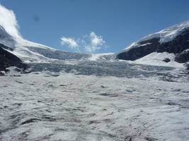 Athabasca Glacier 28 by raindroppe
