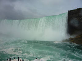 Niagara Falls 11 by raindroppe