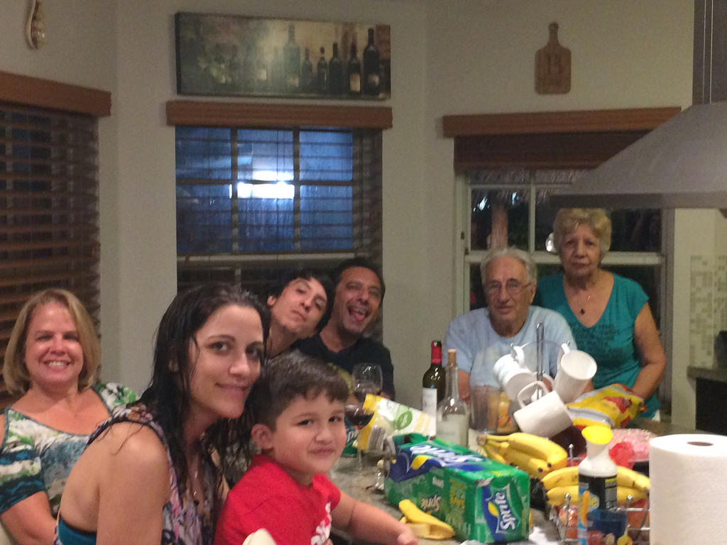 Family Photo! :) by JonyTheDragon