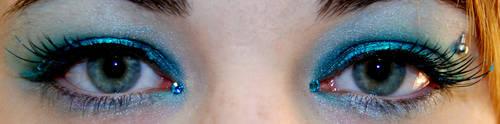 my blue eyes by princessserenety