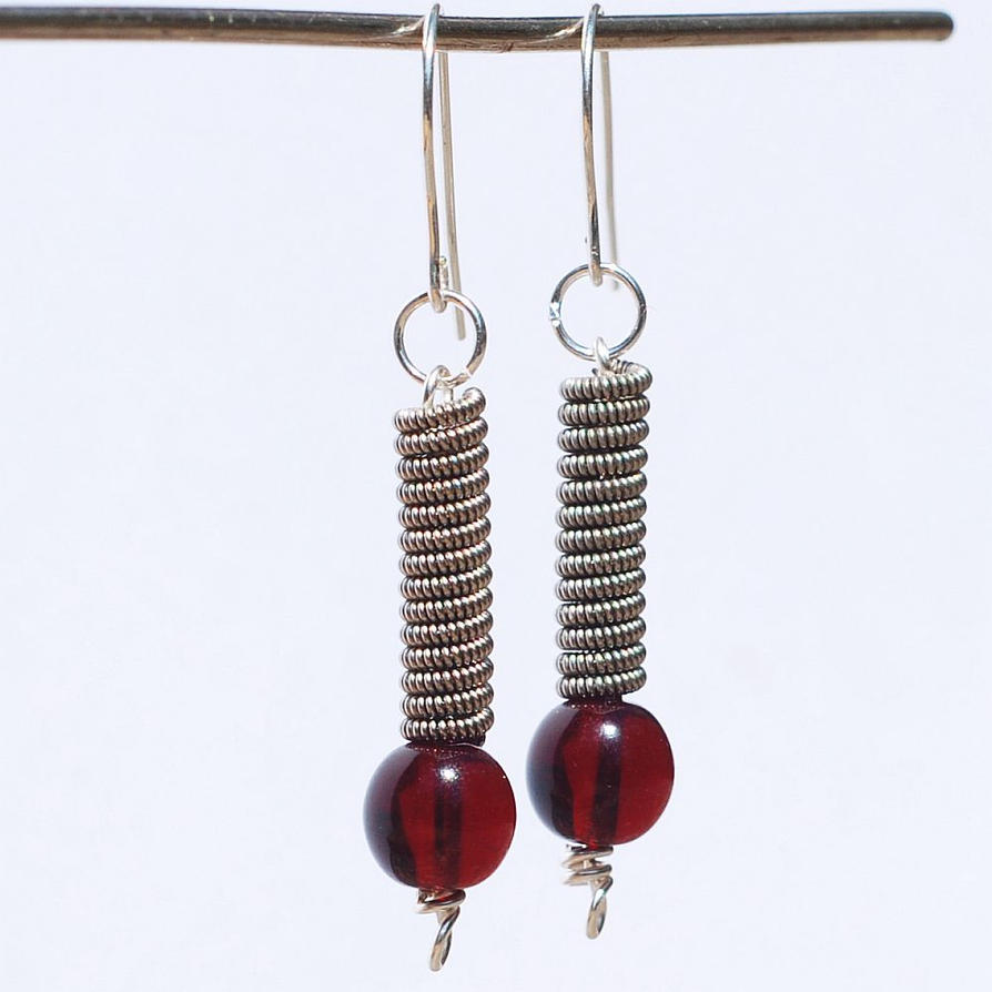 guitar string jewelry red and silver earrings by tanith rohe on deviantart. Black Bedroom Furniture Sets. Home Design Ideas