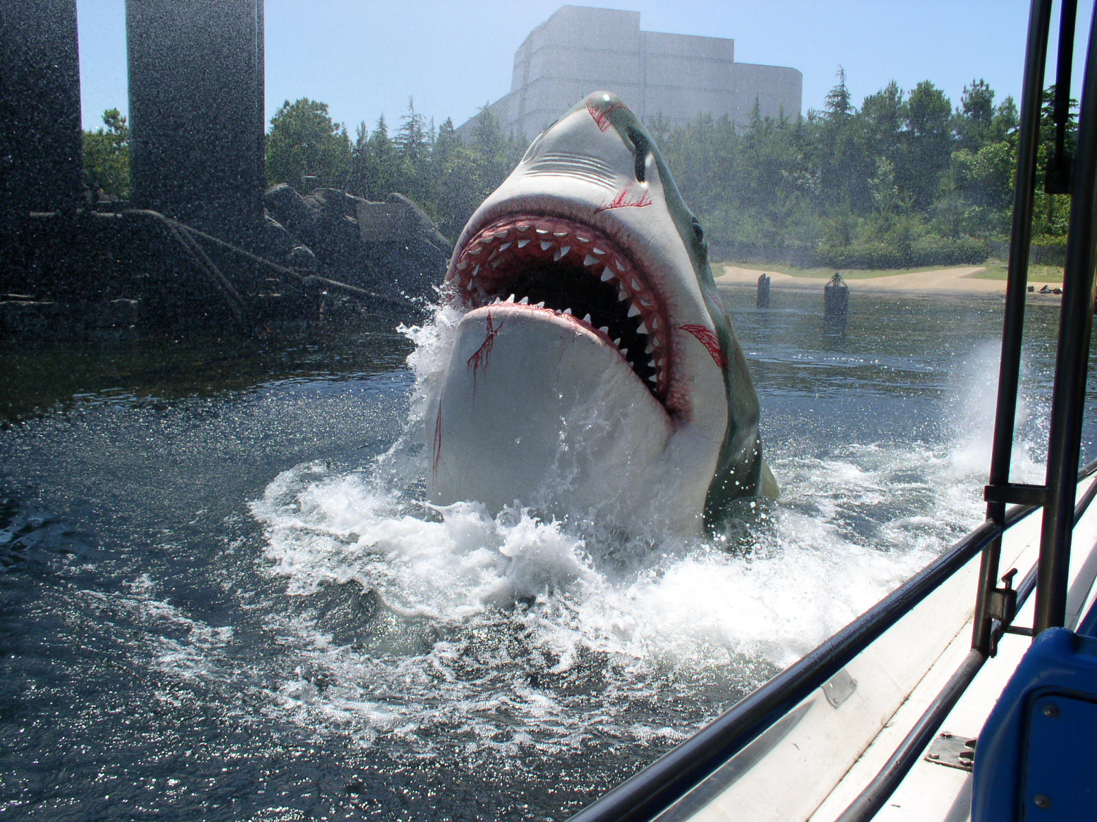 Jaws by bohe