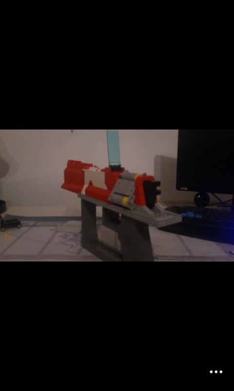 Maliwan Lego Revolver by sparity-bronieboy444