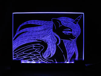 MLP - 'Princess Luna 4' (ENGRAVE + LED)