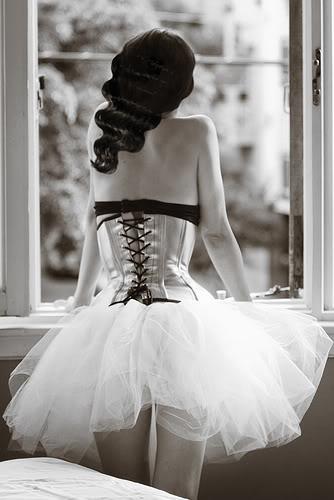 black and white by lisashaz