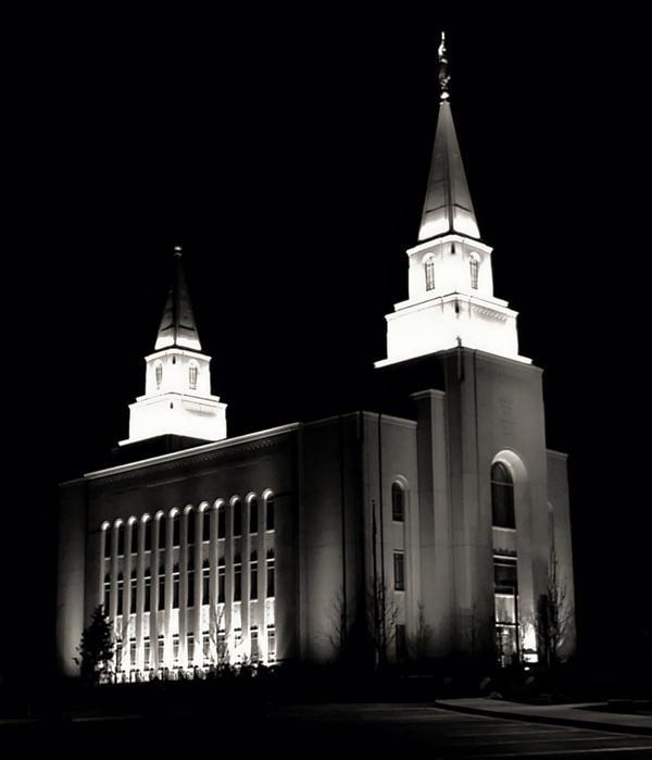 Kansas City LDS Temple by Flyinfrogg