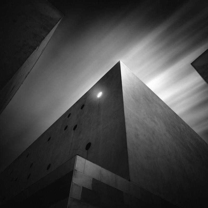 Pyramidal II by manurs
