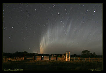 Comet Mcnaught Trail by 1the1