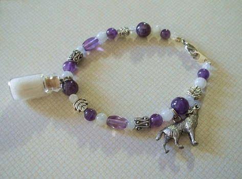 White Wolf Spirit Healing Charm Bracelet