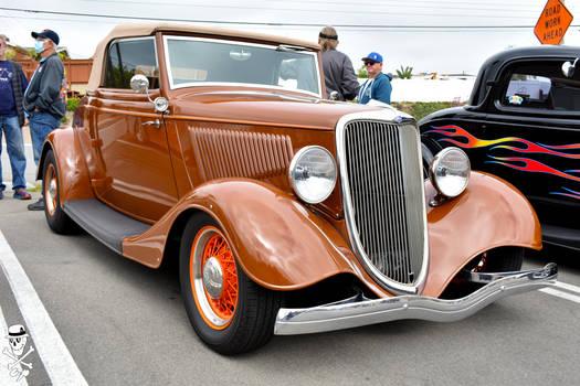 1934 Ford Model 40B Cabriolet