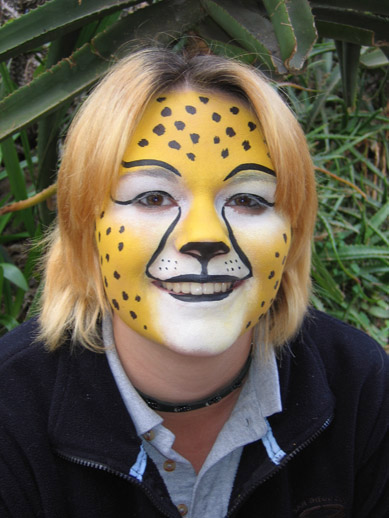 Easy cheetah face paint for kids - photo#17
