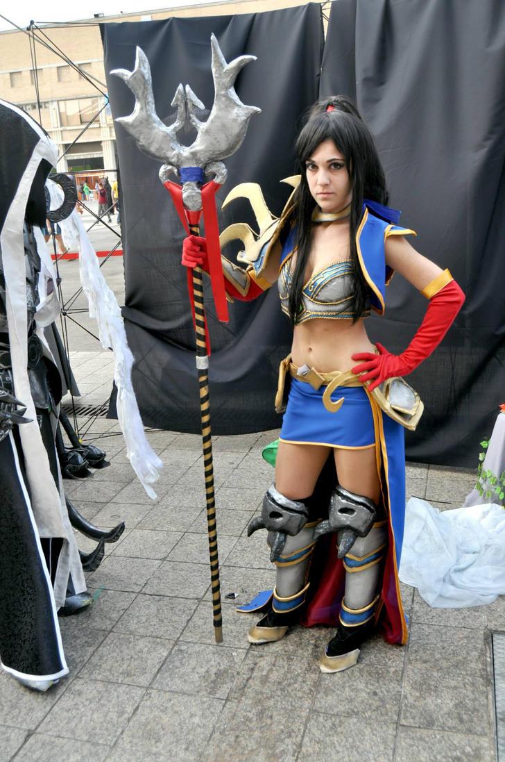 Wizard Diablo 3 cosplay by BeItUkI