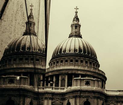 St Paul's Winter by somombo