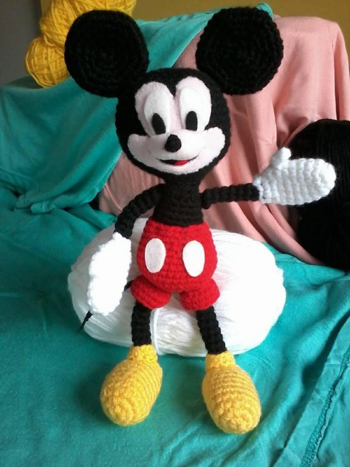 Mickey Mouse Amigurumi. by LGhost on DeviantArt