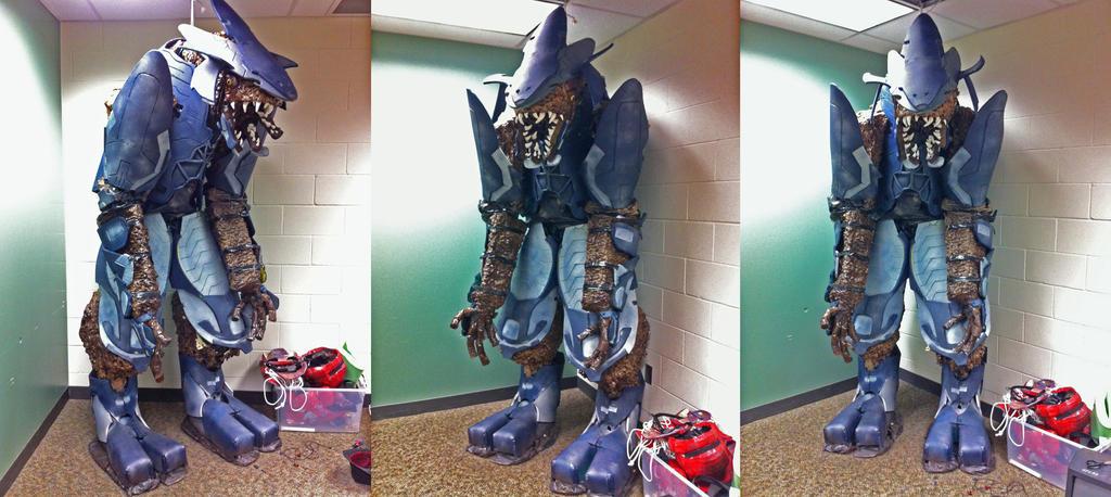 Halo elite costume