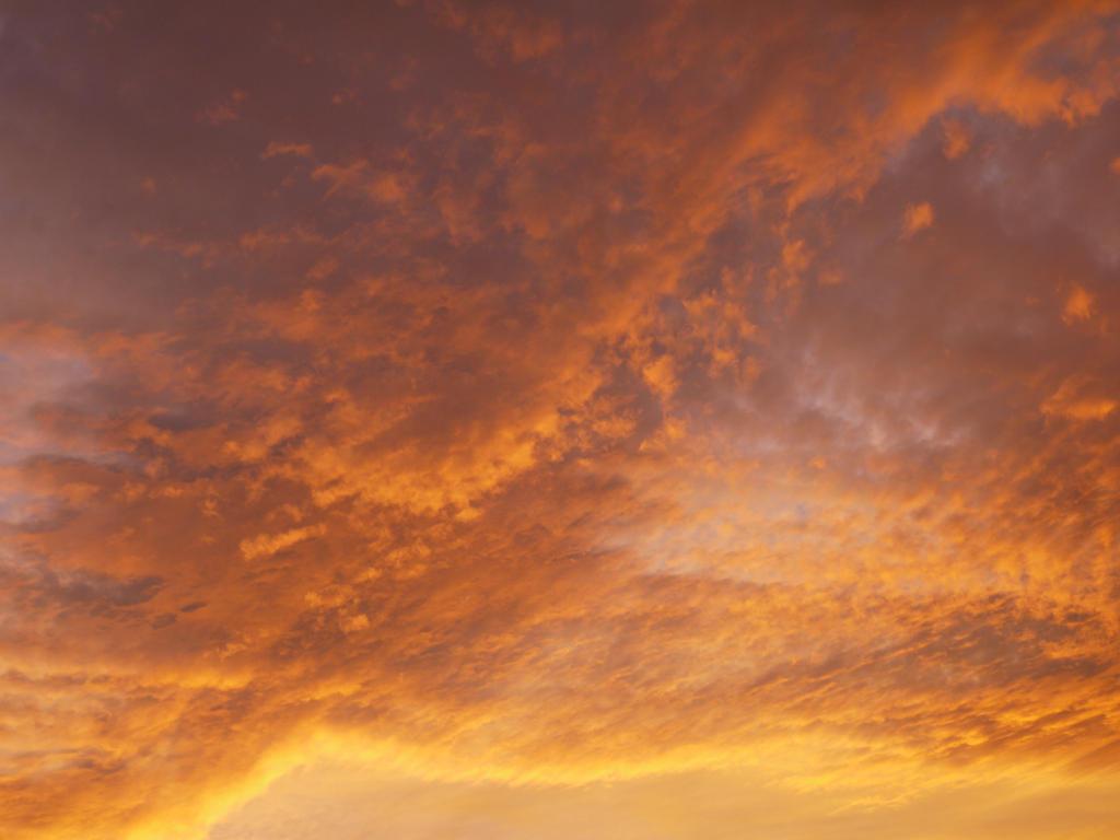 Sunrise III by RavienneArt