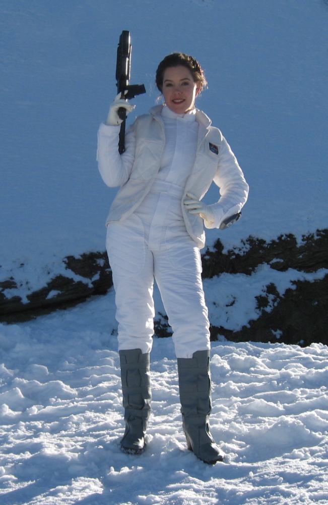 Hoth Leia 2 by Bria-Silivren