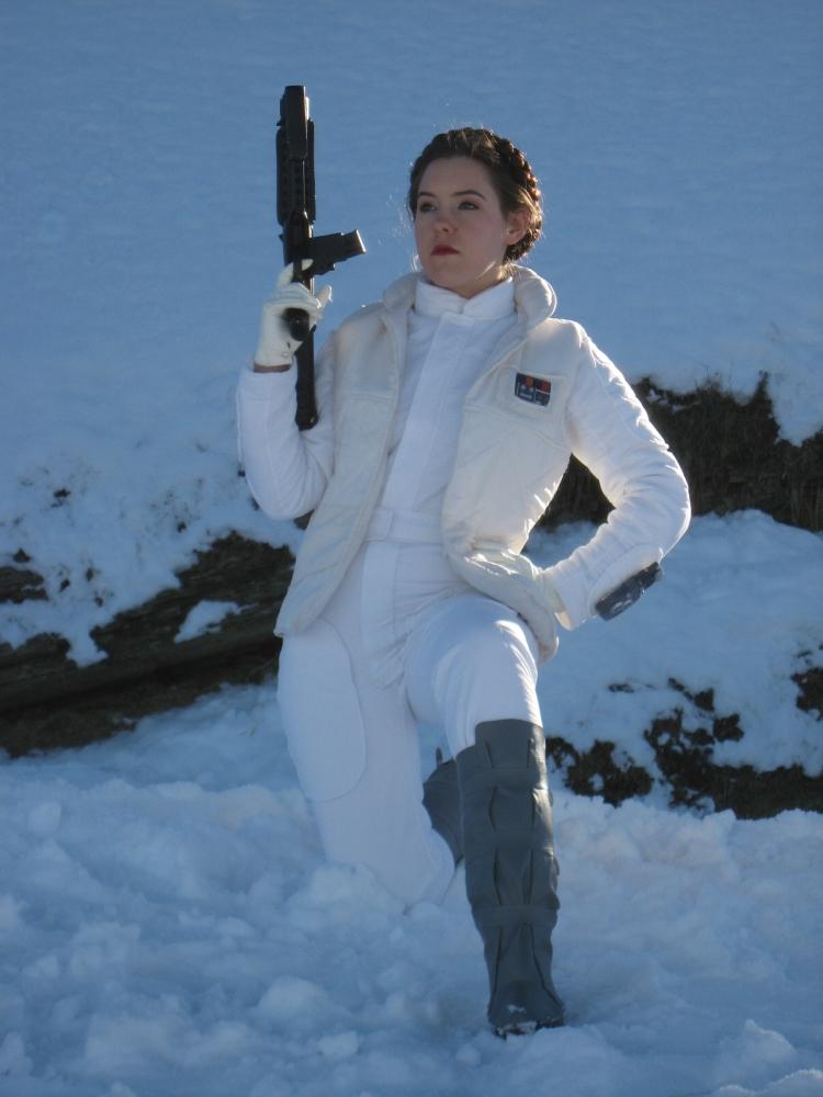 Hoth Leia 3 by Bria-Silivren