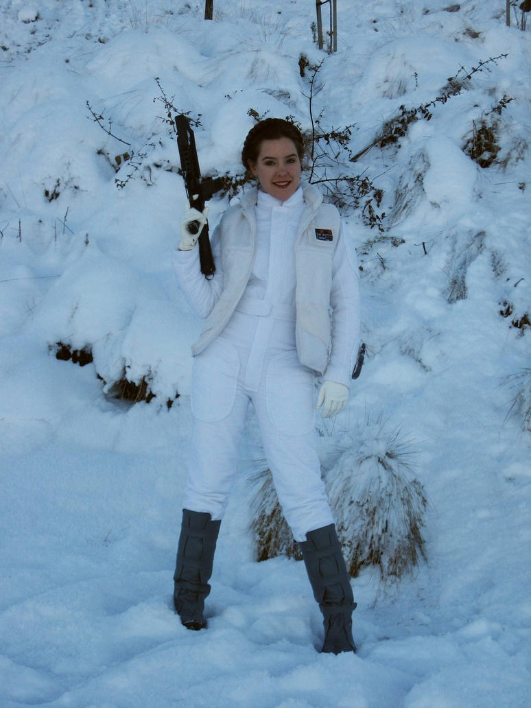 Hoth Leia by Bria-Silivren