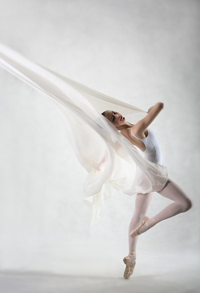 White Dancer by lawrencew