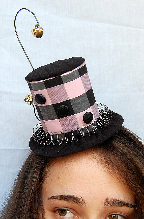 Tiny Top Hat: The Jingler by TinyTopHats