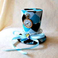 Tiny Top Hat: Alice In Wonderland - Version Two