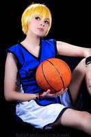 kise ryouta kuroko no basket cosplay 02 by akiramiku