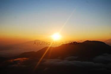 Sunrise by aihtuya