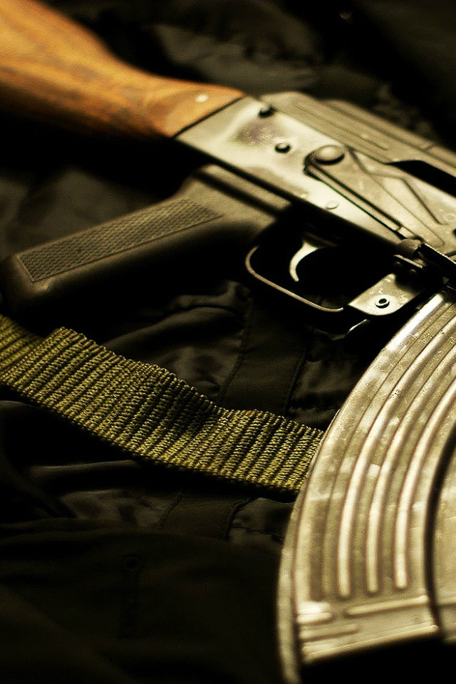 AK 47 IPhone 4 Wallpaper HD By Rapping