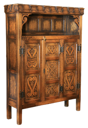 Castle antique cupboard, cut-out version