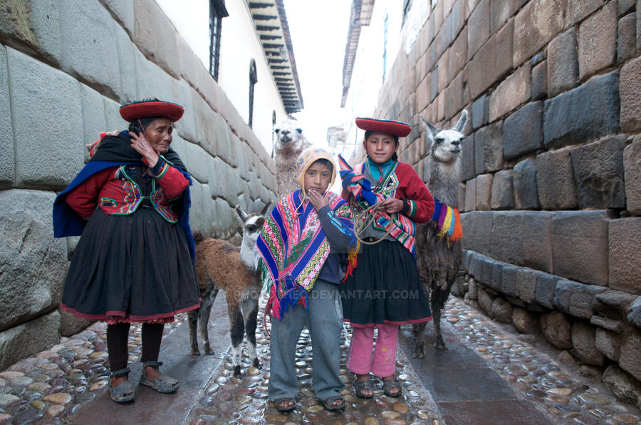 Peru, Cusco by phototheo