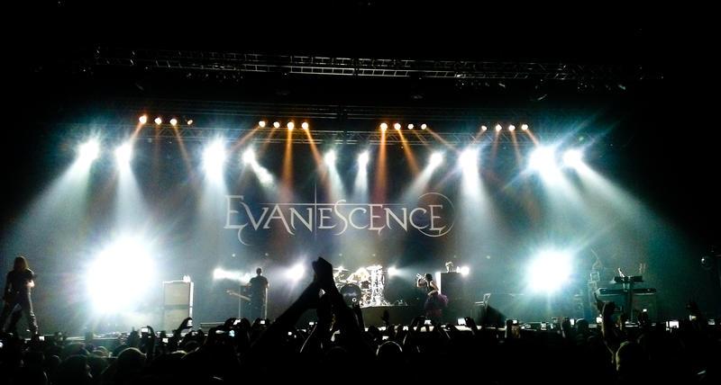 Evanescence live in Dubai by 8xhx8