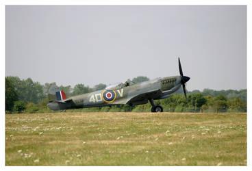 RAF Spitfire BBMF by shotgun-ned